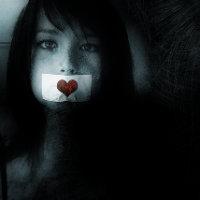herkesin bir derdi var işte kimi anlatır dilini yorar, kimi susar yüreğini yakar.