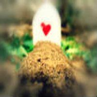 Bir insan mezarlıktan ...