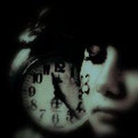 Bir bozuk saattir yüreğ...
