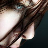 ınsan, bir gözlerine dolanı bir de yüreğine kör düğüm olanı anlatamaz.
