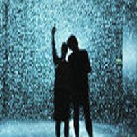 Bazı insanlar, yağmurda...