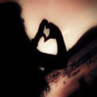 Uzaktan seviyorum seni....