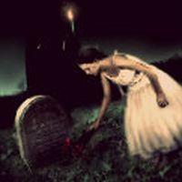 bir gün öldüğümde kimse olmayacak yanımda. kabre konulunca ruhsuz bedenim, ağlayacaksın başımda.