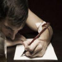 kaç zaman geçti sensiz sayamadığım; kaç kere kırıldığı da, yine uslanmadı seni yazdı bu kalem.