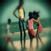Uzun boylu kızlar saç...