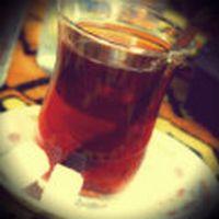 Kusura bakma çayını ken...