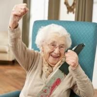 Kadının teki 90 yaşında...