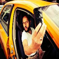 Bi kere taksiye bindim,...