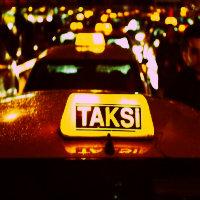 bebek arabasına 5300 tl yazmışlar. çocuk her gittiği yere taksi tutsa daha ucuza gelir.
