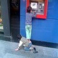 Bu millet bankamatikler...